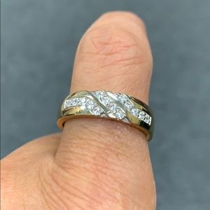Men's Wedding Band 14k Gold Ring 6mm Band